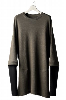 A.F ARTEFACT exclusive LAYERED PULL OVER TOPS