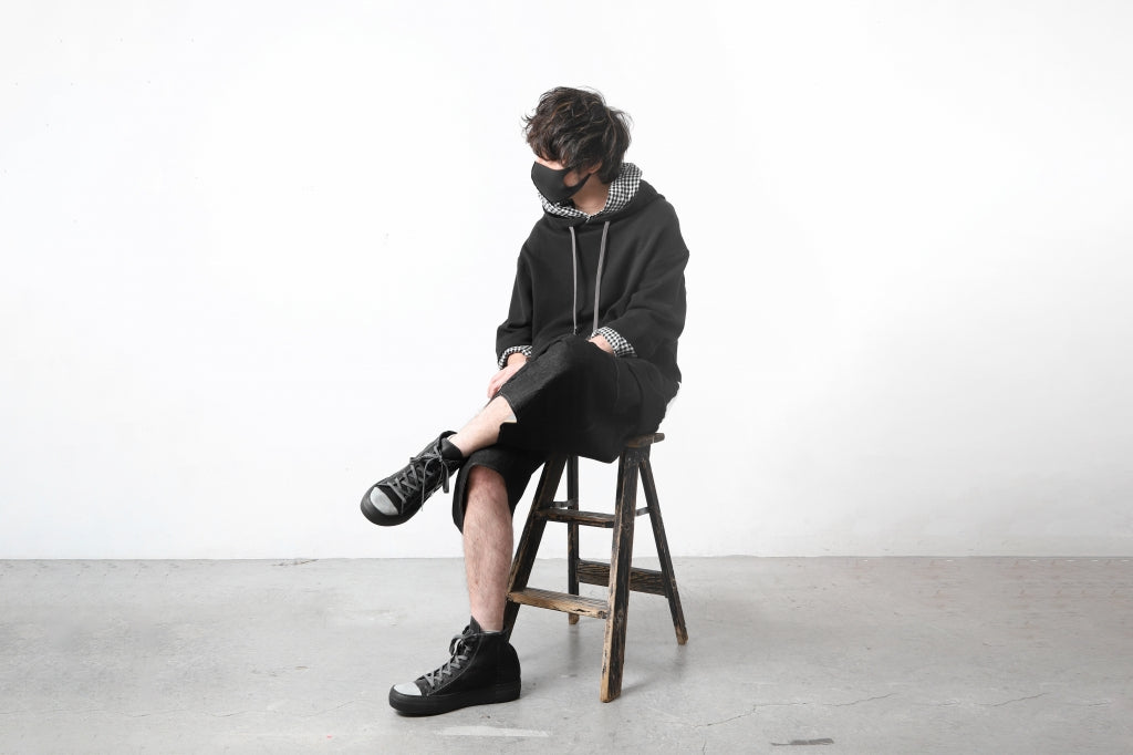 Styling   Hoodie + Shorts + Sneakers - ARTEFACT,forme3'3204322896
