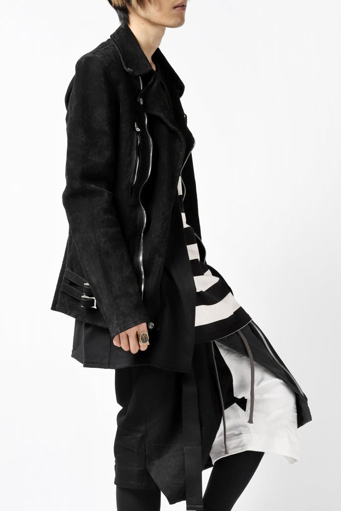 [ Jacket ] ISAMU KATAYAMA BACKLASH LTG DOUBLE BREASTED JACKET / REVERSE CALF OBJECT DYED Price / ¥231,000 - (in tax) Size / L (*Fitting;L) Color / Black Material / JP-Tanned White Tanned Calf (Cow Leather)
