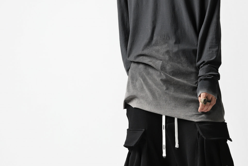 "[ Inner-LS Tops ] 11 BY BORIS BIDJAN SABERI LONG SLEEVE ""LS1B-F-1101"" (ACID GREY) Price / ¥31,900 - (in tax) Size / XS, S (*Fitting : S) Color / Acid Grey Material / Smooth Cotton Jersey (Cold Dye)"