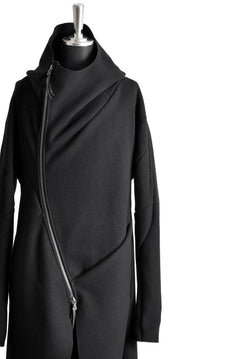 Load image into Gallery viewer, LEON EMANUEL BLANCK DISTORTION HOODED CURVE COAT / CASHMERE KNIT MELTON (BLACK)