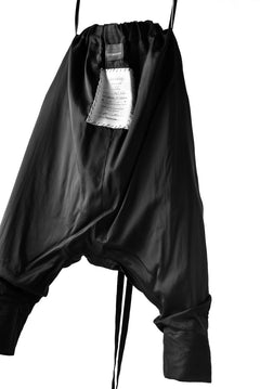 Load image into Gallery viewer, SOSNOVSKA TAPES SILK PANTS (BLACK)