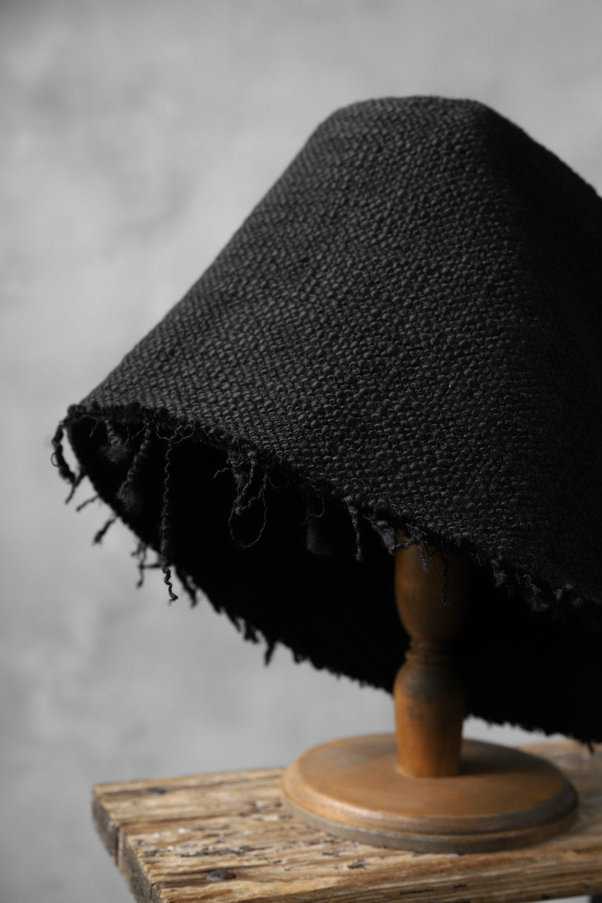 SOSNOVSKA RAW EDGES HAT (BLACK)