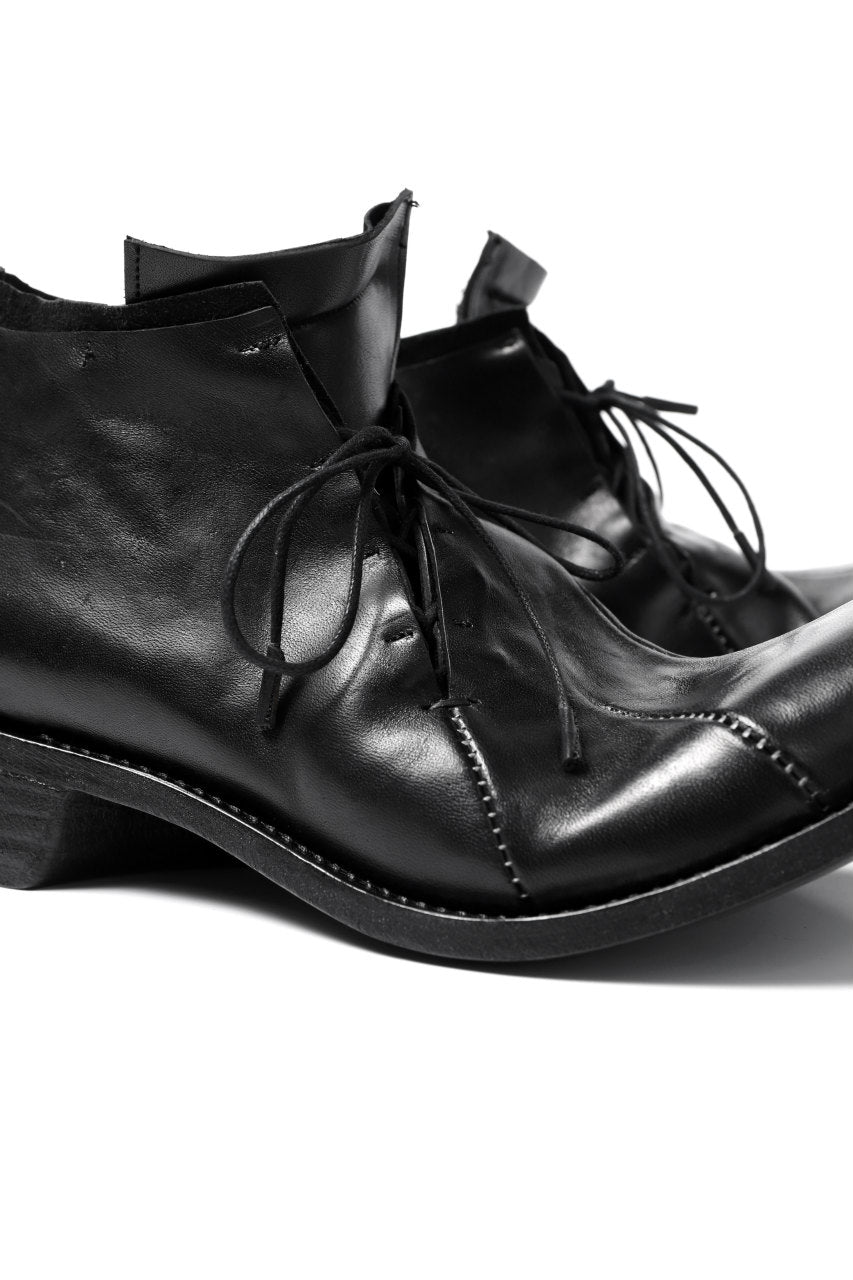 LEON EMANUEL BLANCK DISTORTION CURVED DERBY / GUIDI OILED HORSE (BLACK)