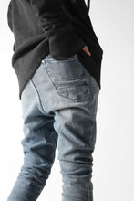 "画像をギャラリービューアに読み込む, VERSUCHSKIND ""X"" STONEWASHED & SLIGHTLY UPPER DYED DENIM / LIGHT BLUE"