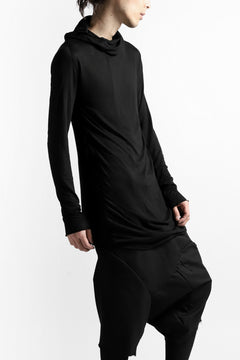 画像をギャラリービューアに読み込む, LEON EMANUEL BLANCK DISTORTION HOODY LONG SLEEVE TOP / BAMBOO JERSEY (BLACK)