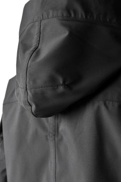 画像をギャラリービューアに読み込む, N/07 schoeller® Pro-Tech System Hooded Jacket / Black Grosgrain