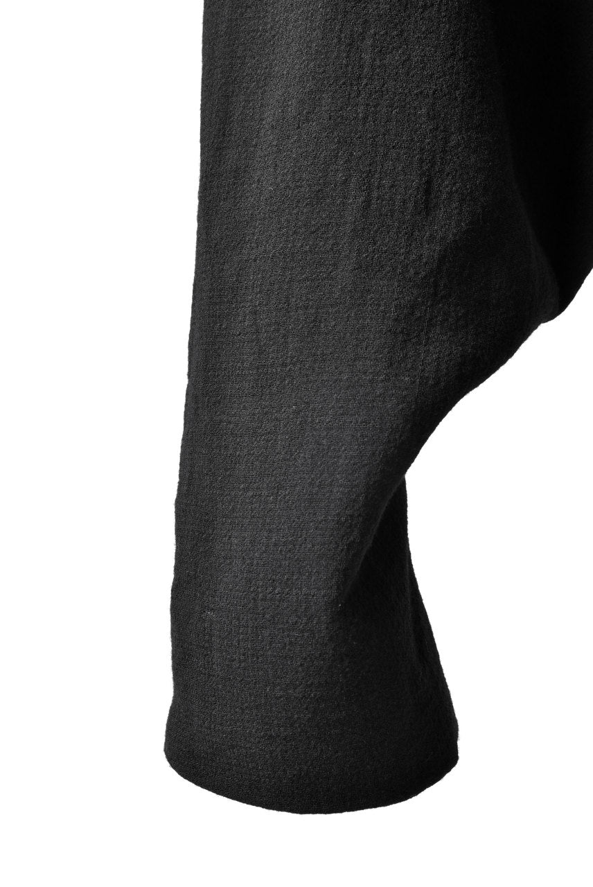 Load image into Gallery viewer, SOSNOVSKA exclusive KNEE STITCHED PANTS (BLACK)