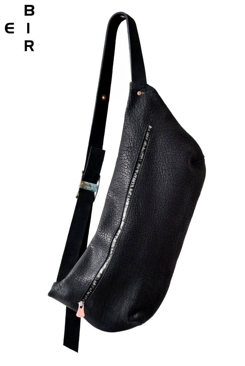 ierib one shoulder bag / Rough-Bull (BLACK)