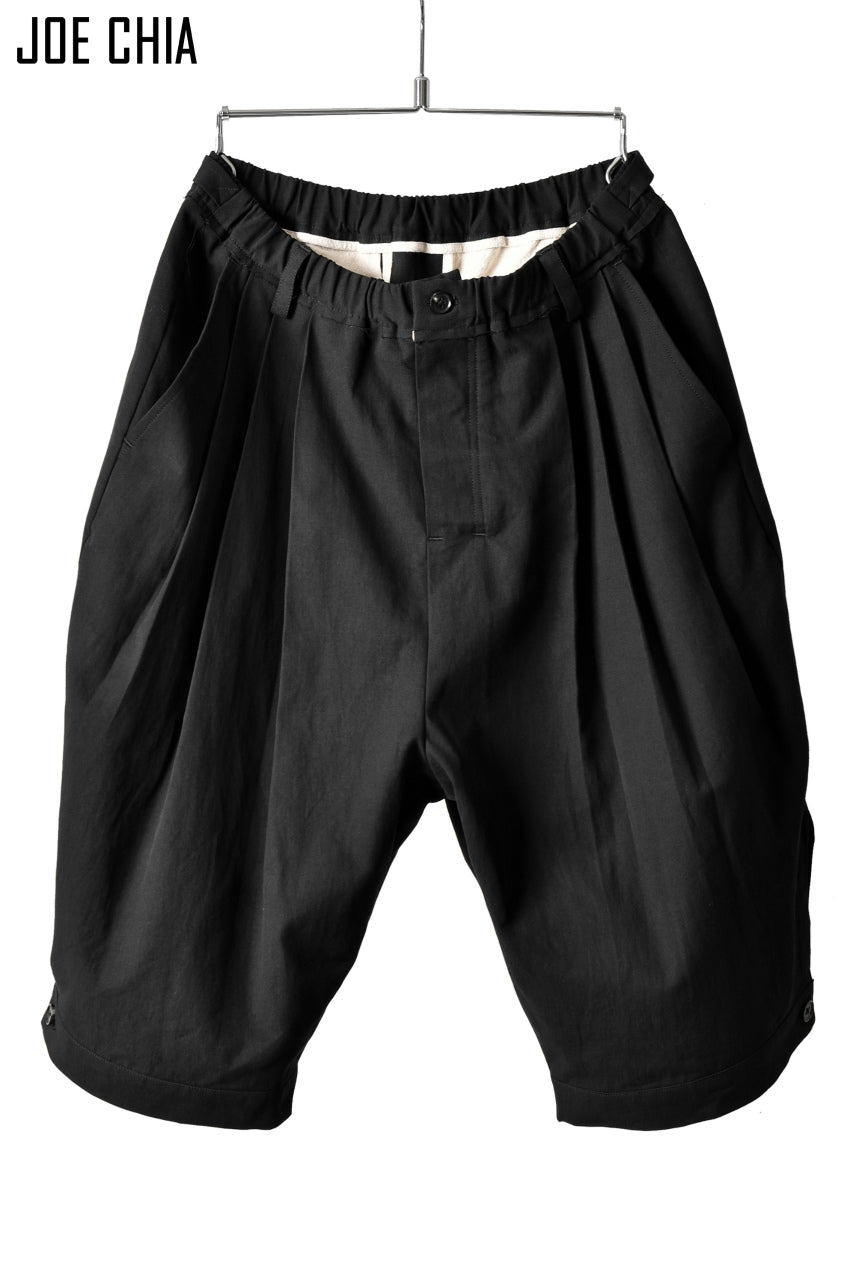 JOE CHIA PLEATED TUCK LI/CO TWILL SHORTS (BLACK)