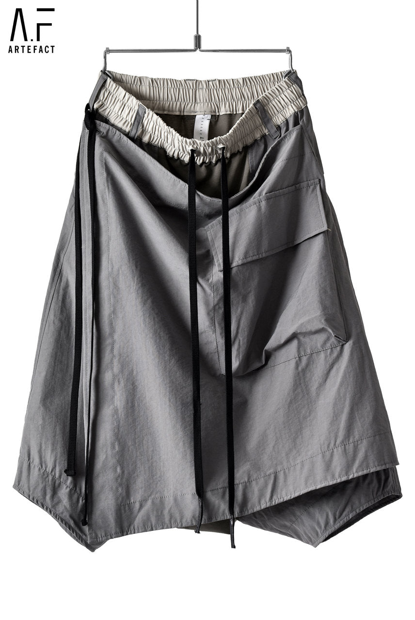 Load image into Gallery viewer, A.F ARTEFACT WRAP CARGO DETAIL SARROUEL SHORTS (GREY)