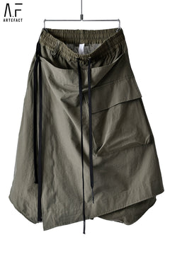 Load image into Gallery viewer, A.F ARTEFACT WRAP CARGO DETAIL SARROUEL SHORTS (KHAKI)