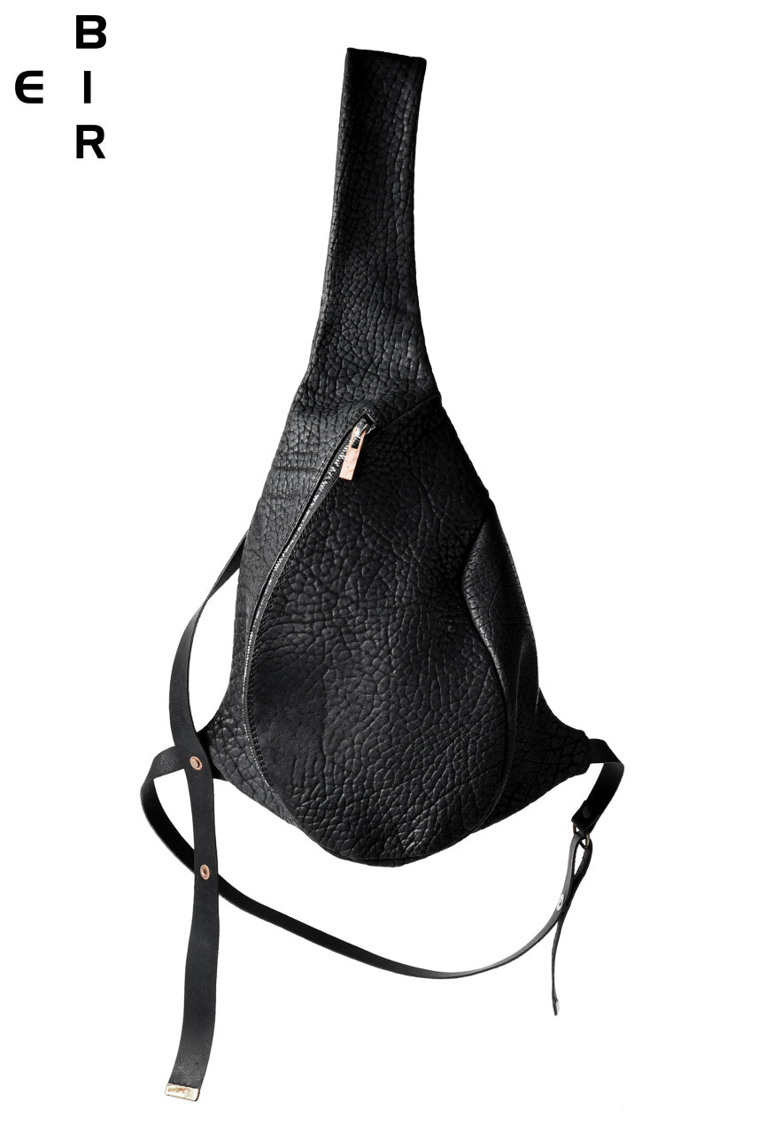 ierib One Shoulder Bag with Harness Belt / Shrunken Rough Bull (BLACK)