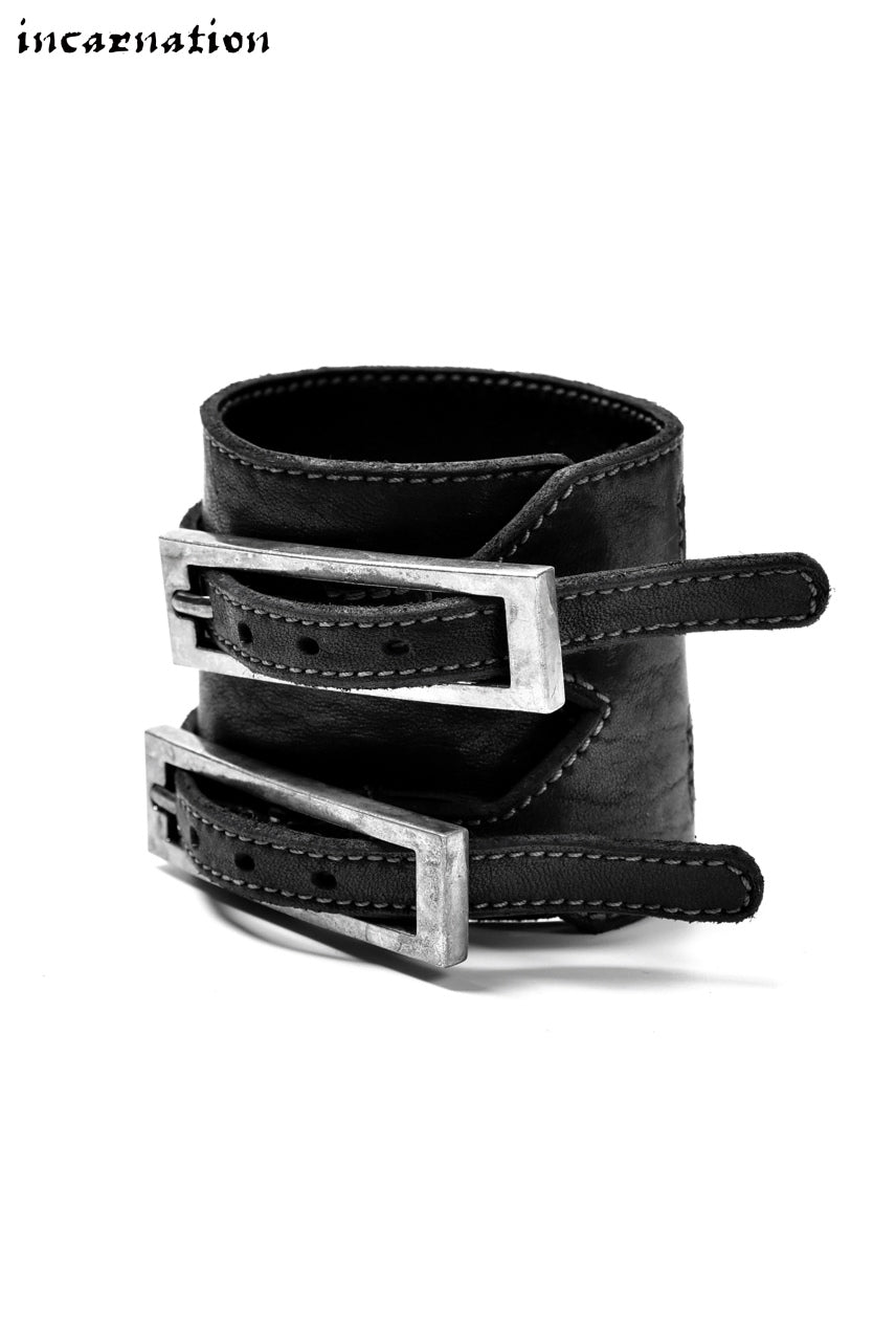 Load image into Gallery viewer, incarnation HORSE LEATHER BRACELET with DOUBLE BUCKLES (BLACK)