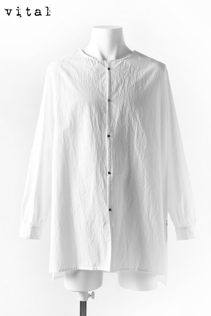 _vital collorless shirt / typewritter cloth