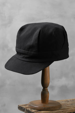 der antagonist. HAND CRAFTED CAP / COTTON CANVAS (BLACK)