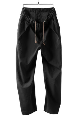 COLINA W-TUCK PANTS / WASHABLE WOOL TROPICAL (BLACK)