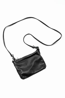 ISAMU KATAYAMA BACKLASH PORTABLE BAG / WASHABLE STEER (BLACK)