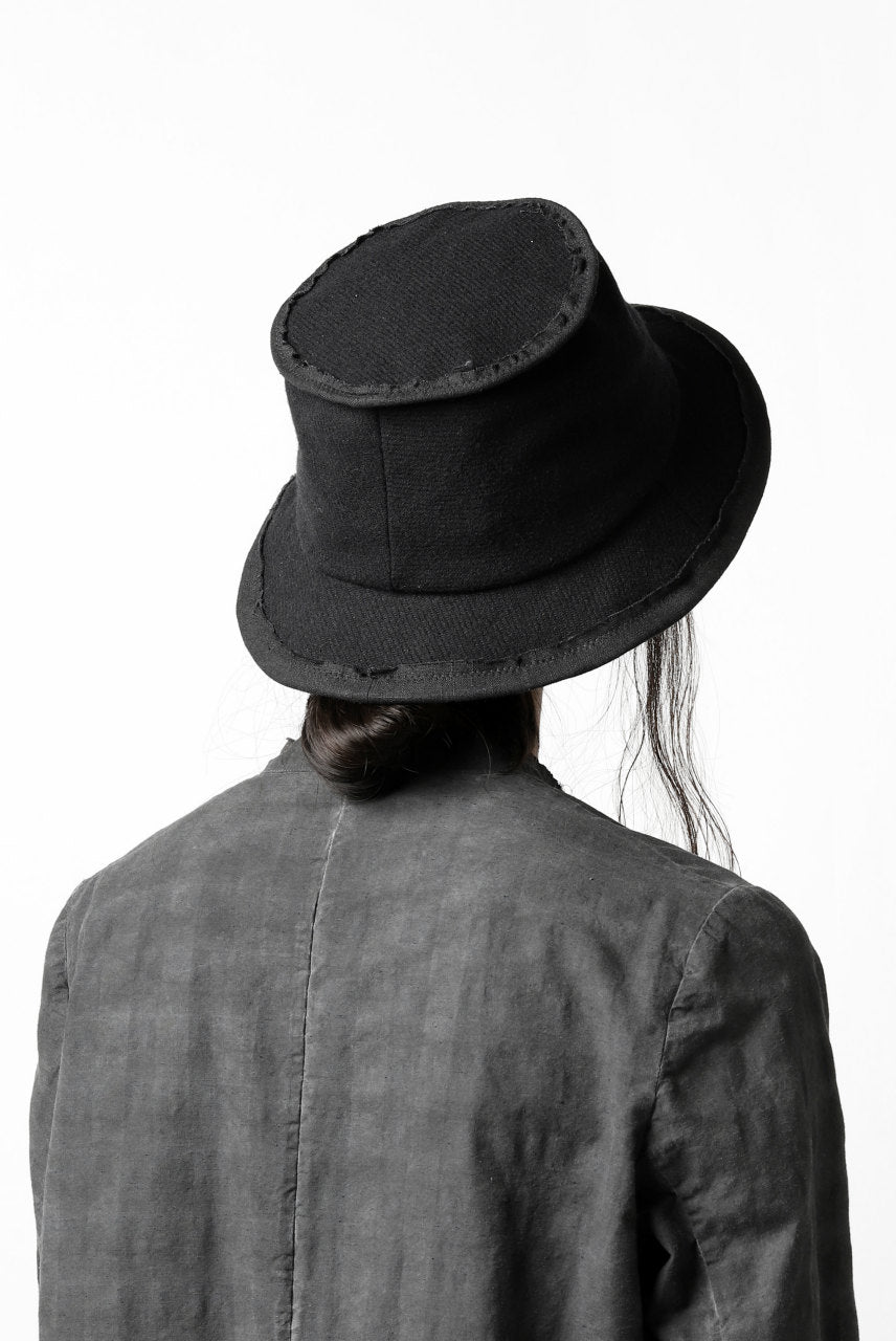 der antagonist. HAND CRAFTED BRIM HAT (WOOL TWEED+RAMIE / EDGE PIPING)
