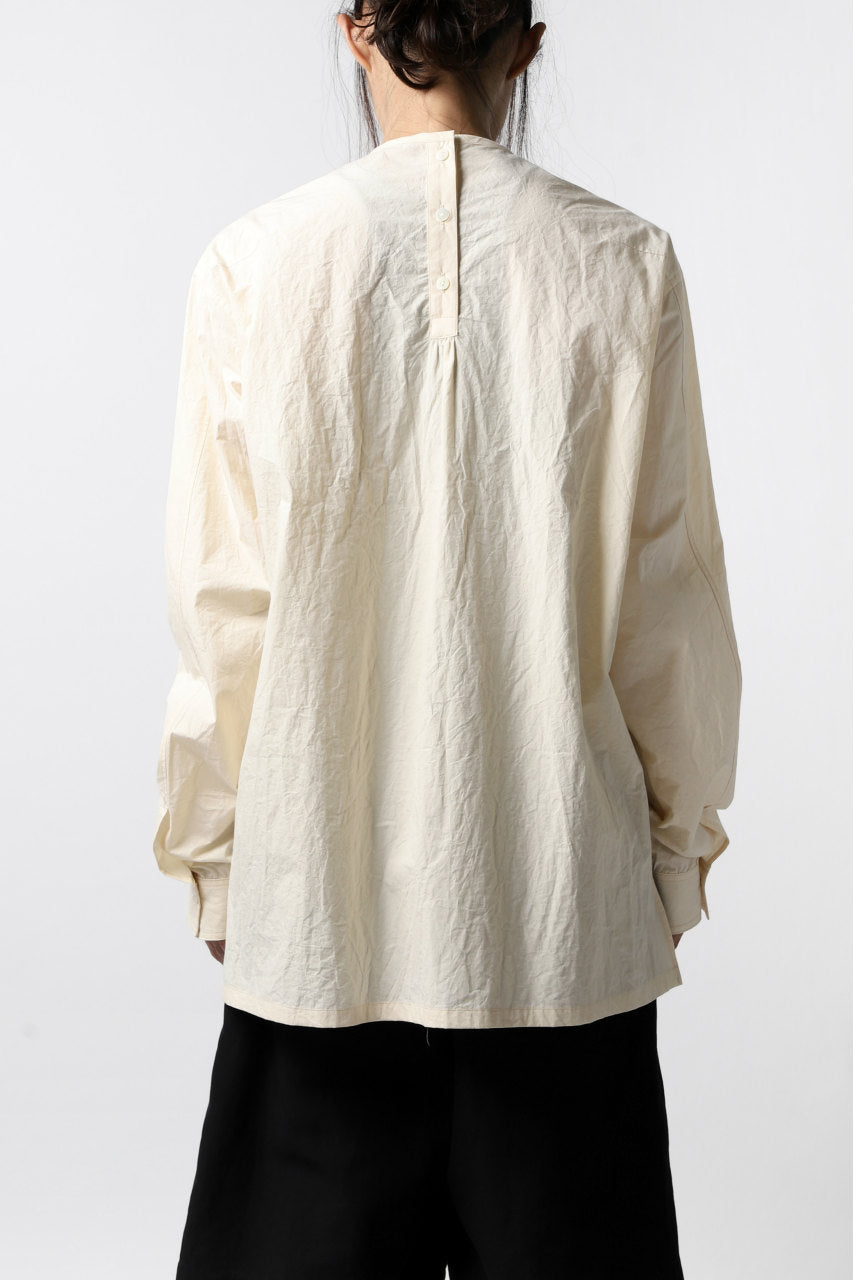 The Viridi-anne NO COLLAR RELAXED SHIRT / TYPE WRITER CLOTH