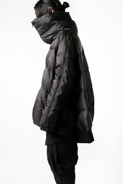 Load image into Gallery viewer, RUNDHOLZ HIGHNECK BOMBER JACKET / DOWN PADDING (ARABICA)