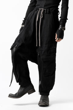 Load image into Gallery viewer, A.F ARTEFACT HEAVY CROTCH CARGO PANTS / LOW COUNT DENIM (BLACK)