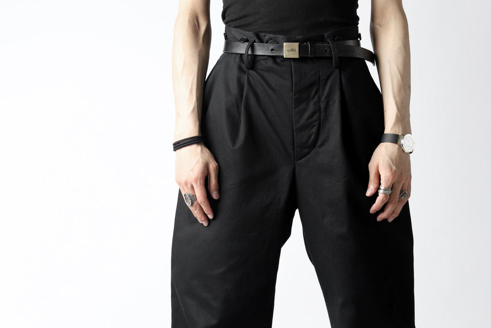画像をギャラリービューアに読み込む, KLASICA GRIOTTE 2 TUCKED WIDE TROUSERS / CHINO CLOTH (BLACK)