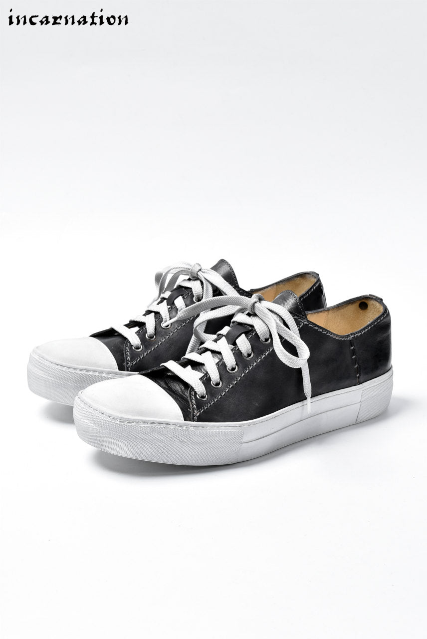 incarnation HORSE LEATHER LOW CUT LACE UP SNEAKER (BLACK)