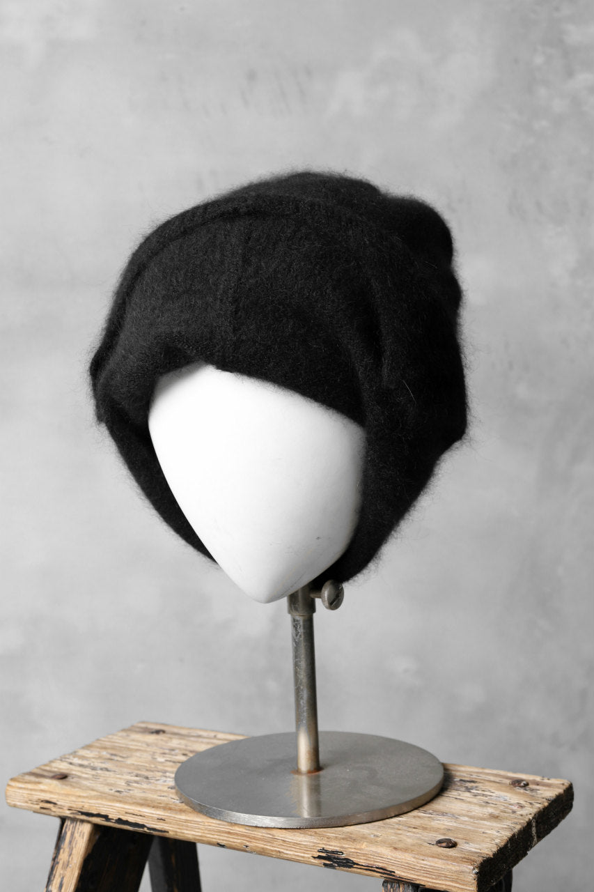 RUNDHOLZ CASHMERE KNIT CAP with ear muffs (BLACK)