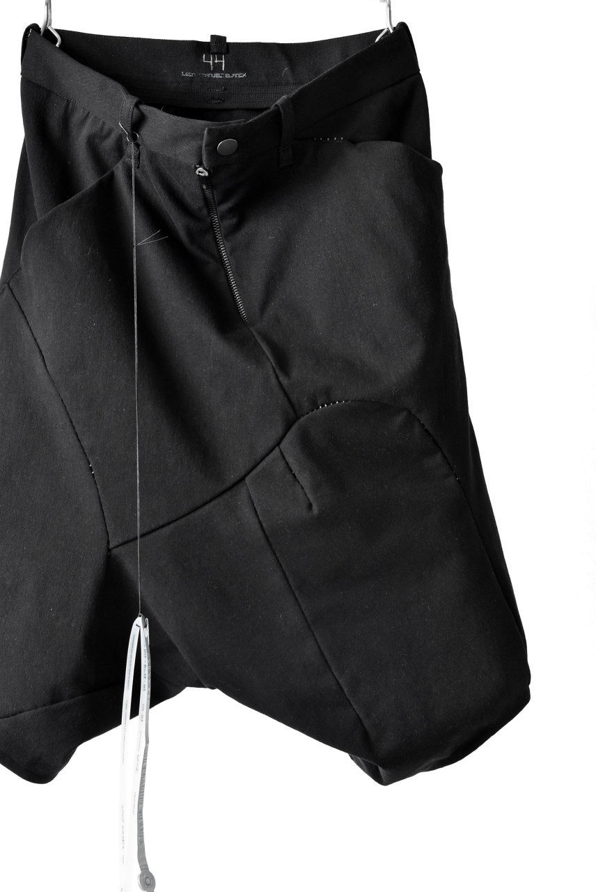 Load image into Gallery viewer, LEON EMANUEL BLANCK DISTORTION DROP CROTCH SHORTS / STRETCH TWILL (BLACK)