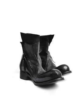Load image into Gallery viewer, LEON EMANUEL BLANCK DISTORTION ANKLE BOOT / GUIDI HORSE OILED (BLACK)
