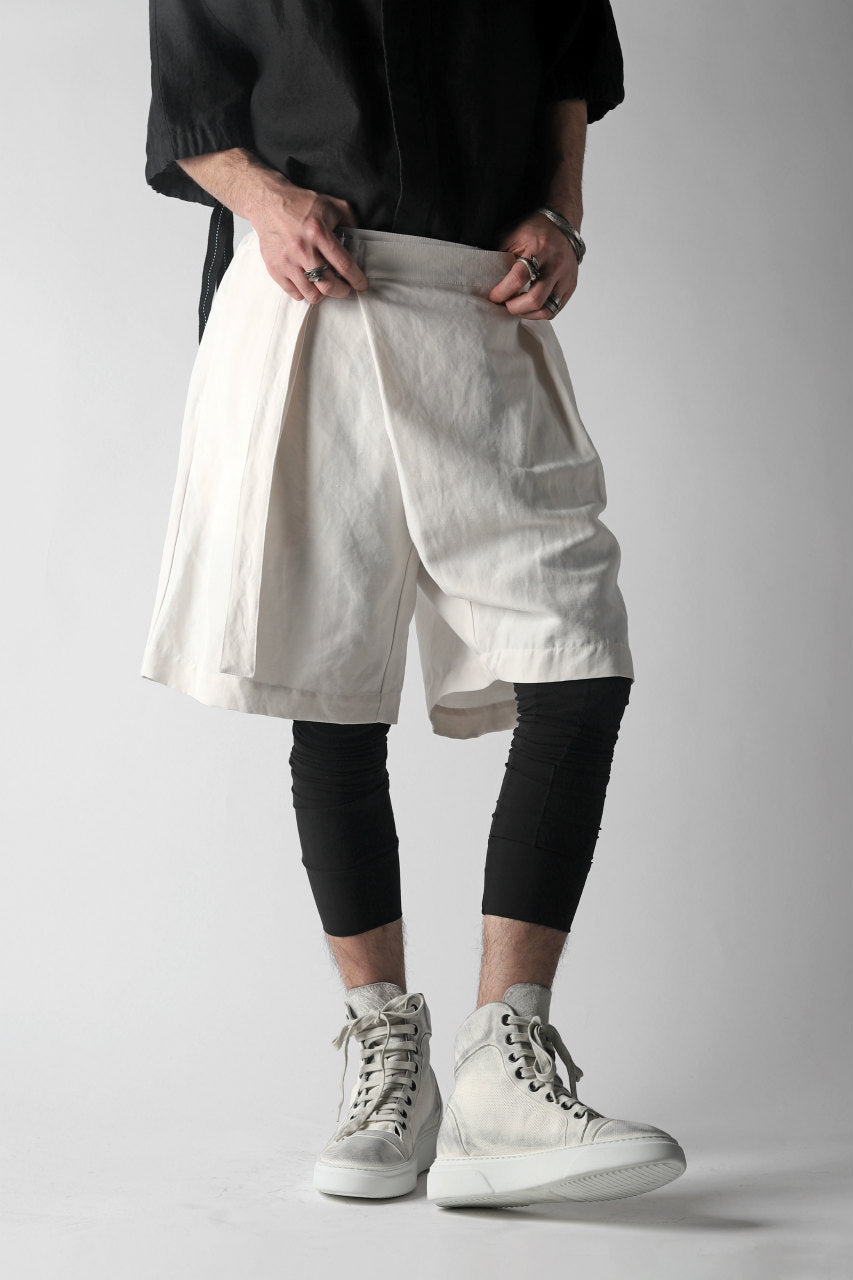 KAZUYUKI KUMAGAI Wrap Wide Shorts / Strong Twist C/Li Ox (WHITE)