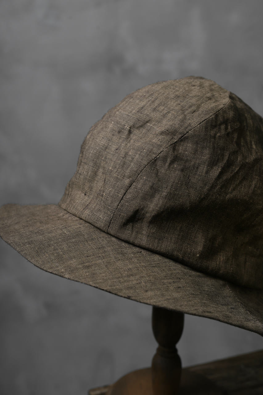 der antagonist. HAND CRAFTED HAT / NATURAL LINEN (BROWN GREY)