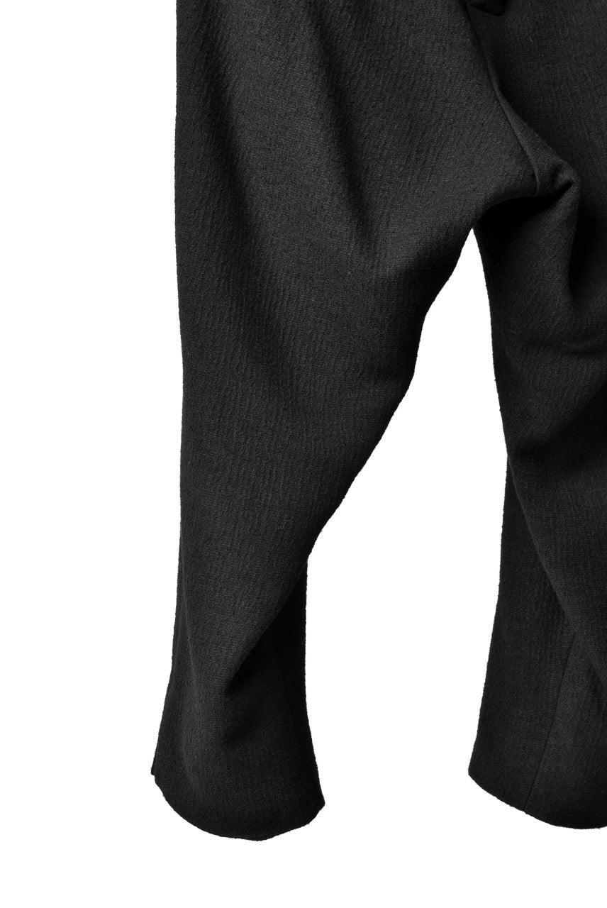 Load image into Gallery viewer, SOSNOVSKA exclusive WOOLEN ANKLE PANTS (BLACK)