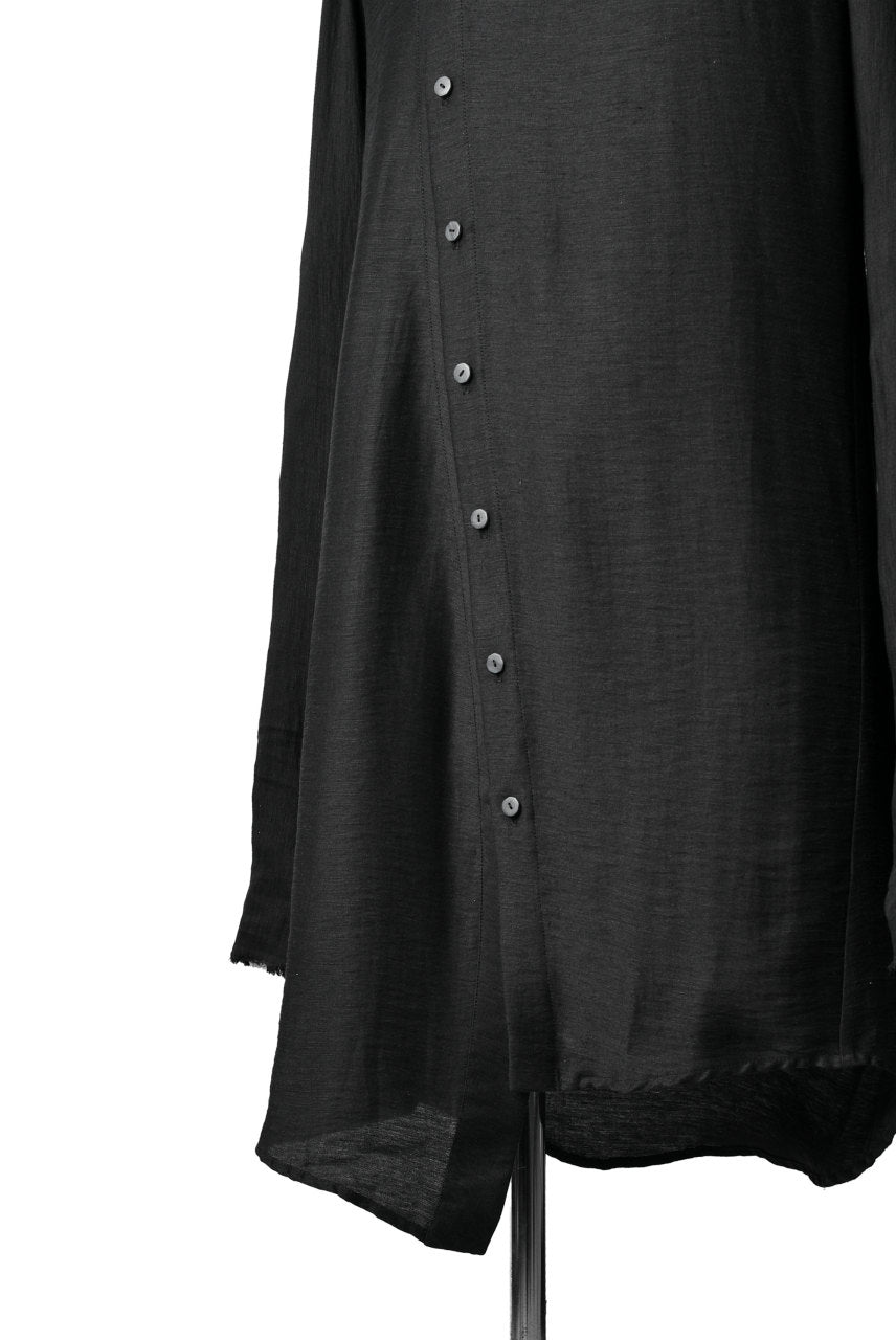 Load image into Gallery viewer, SOSNOVSKA DIAGONAL FLY LONG SHIRT (BLACK)
