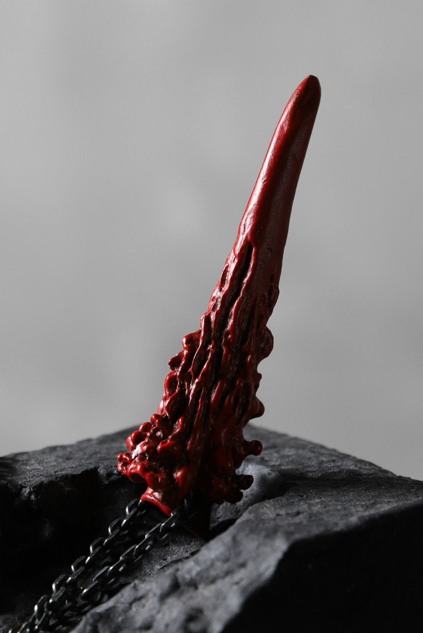 Load image into Gallery viewer, GASPARD HEX Small Horn bronze with red coating / 60cm chain