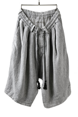 _vital tuck easy short pants / sumi dyed linen (L.GREY)