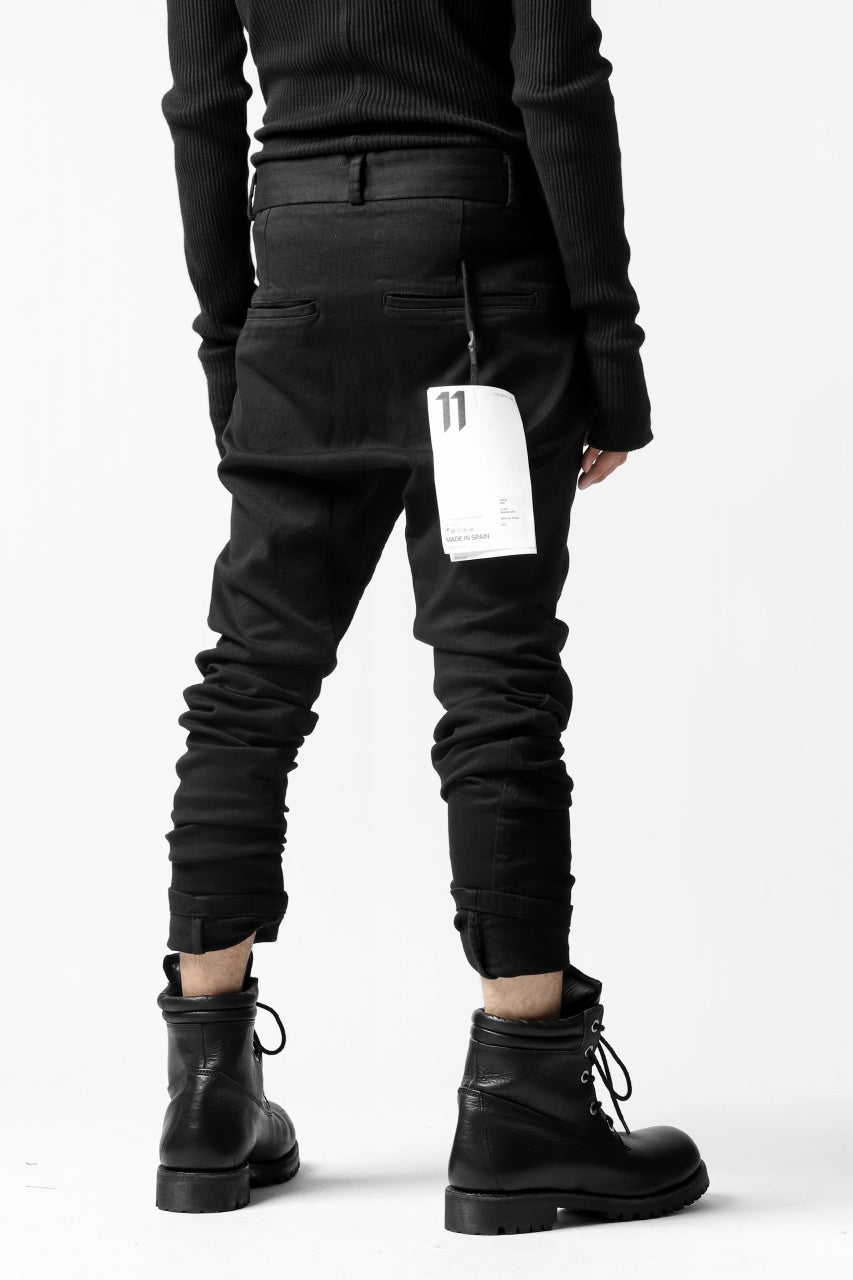 "11 BY BORIS BIDJAN SABERI SLIM PANT ""P2B-F1451"" (STRETCH DENIM / BLACK DYE)"