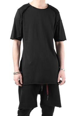 FIRST AID TO THE INJURED BANDER T-SHIRT / SINGLE JERSEY (BLACK)