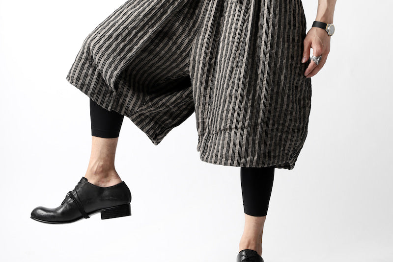 画像をギャラリービューアに読み込む, un-namable exclusive Tulip Wide Short Pants / Sarti Stripe (STRIPED BLACK×WOOD)