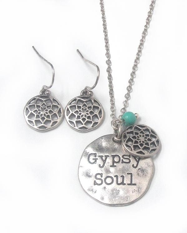Gypsy Soul Hammered Disk Pendant Necklace Set - Worn Gold - Jewelry