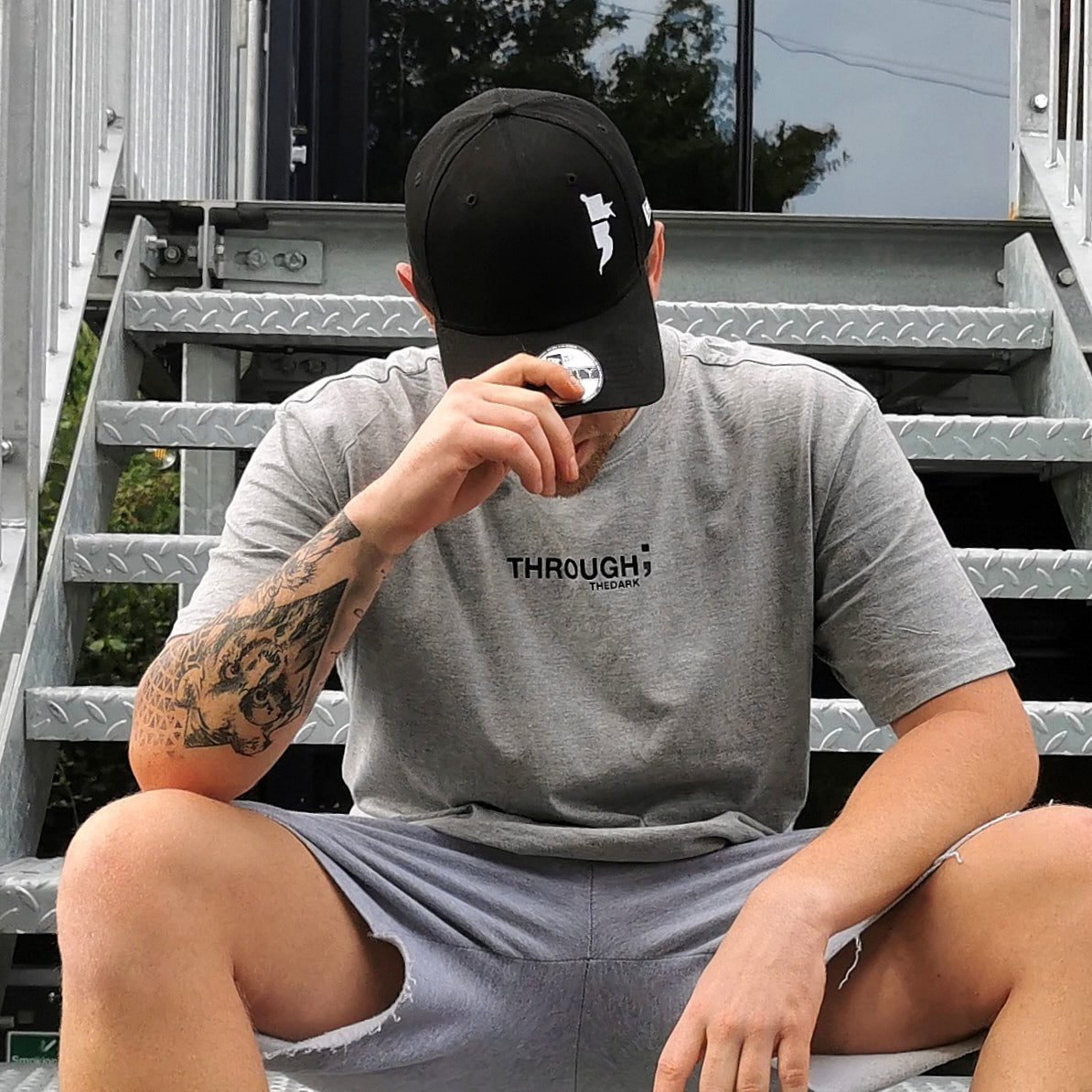 The Oversized Grey T