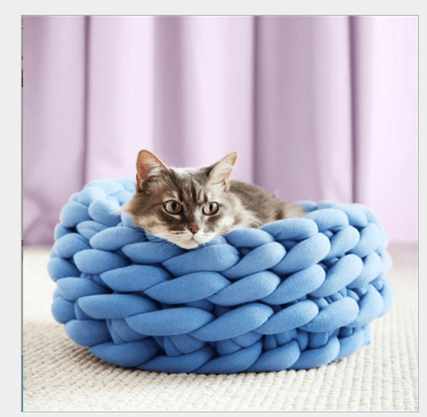 Hand Woven Pet Round Bed - Dogs and Cats Boutique
