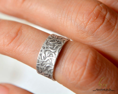 Earth Vine  Ring - CosmeticsWarehouseOutlet&Perfumery.