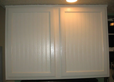 White Paintable Bead Board - Beadboard Textured Prepasted Wallpaper - all4wallswall-paper