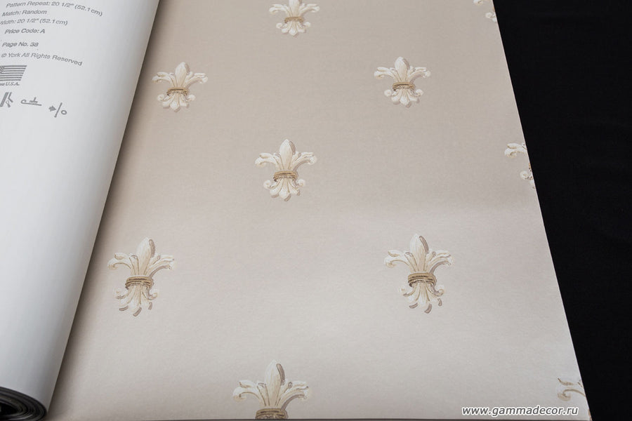 Cream Fleur de Lis Dotted on Champagne Satin Background Wallpaper