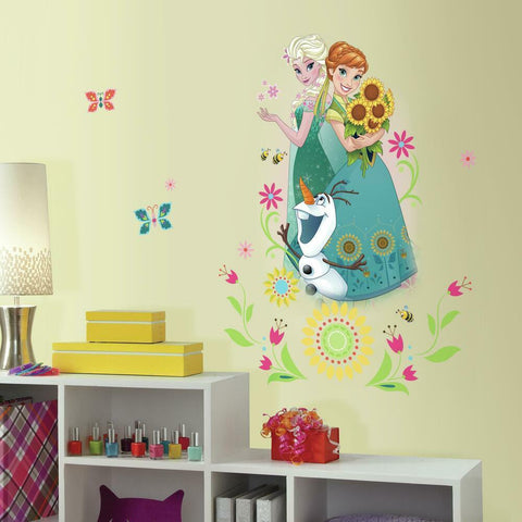 FROZEN FEVER GROUP PEEL AND STICK GIANT WALL GRAPHIC