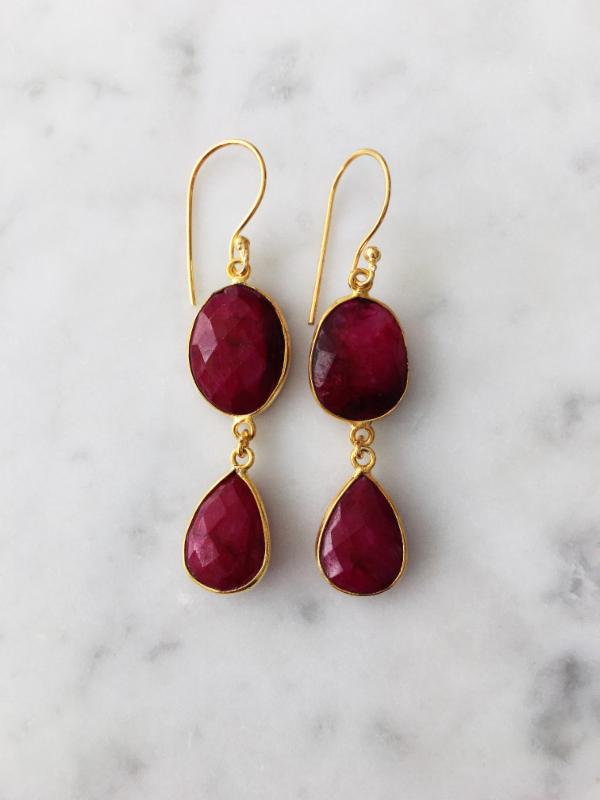 Rome Earrings Gold Ruby
