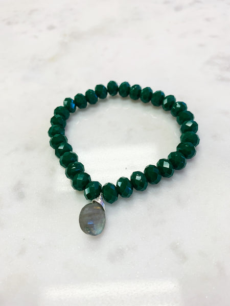 Stretch Wrap Bracelet Green Emerald Crystal with Sterling Silver Wrapped Labradorite
