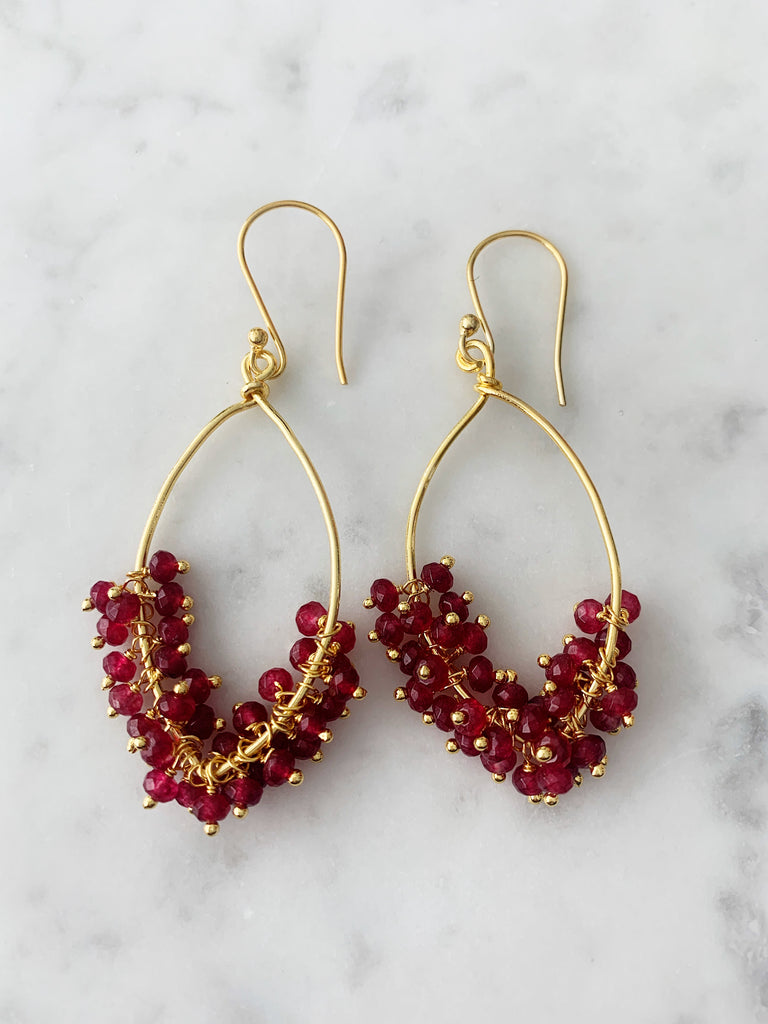 Cluster Earrings Gold Ruby